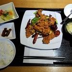 蜀膳坊 - 鶏肉四川風炒め全景