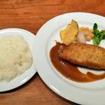 Tossajikurassan - 豚ロースと里芋、ひじきのカツレツ 味噌入りデミグラスソース、土佐市岩戸産こしひかり使用のライス
