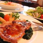 ポレポレ - 料理写真:ポークソテー!味付けが最高です・・・・