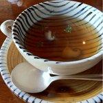 横浜瀬里奈 ステーキドーム - コンソメスープ