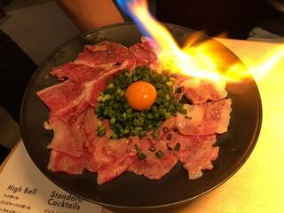 Meet Meats 5バル 中野店 - 2019.2.6  黒毛和牛のくちどけ炙り塩カルパッチョ〜炙り‼️