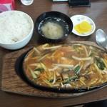 大衆中華 珍萬 - 料理写真: