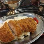 恵比須屋食堂 - カツカレー!味は別に悪くないけど不思議な雰囲気。