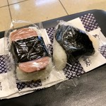 ありんこ - [2019/02]サーモンチーズ・レギュラー(330円)+ポーク玉子(230円)