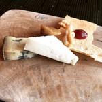 102010219 - チーズ