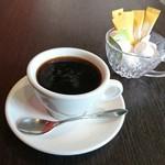 カフェ&バル 掌 -