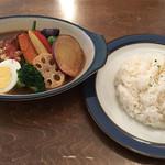 102015505 - ラムしゃぶと季節野菜のカレー(中辛・ライス中)
