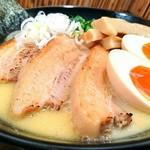 らーめん なが田 - 炙りチャーシュー味玉らーめん 1200円
