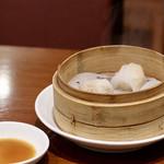 中国料理 千琇 - 蒸し点心二種(小籠包・エビシューマイ)