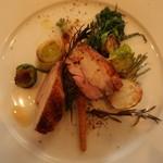 オステリア ジョイア - 信玄鶏のロースト上からアップ