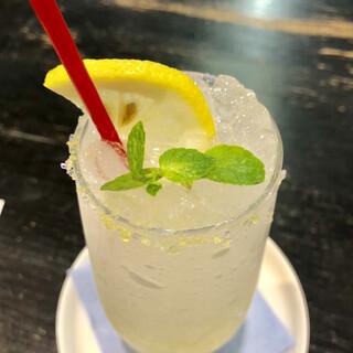 茶房こもん - レモンソーダ