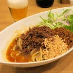 中華そば 大賀110 - 料理写真:汁なし担々麺850円