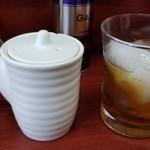 玉蘭 - 紹興酒ロック 500円。