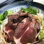 102048439 - 知床産エゾ鹿のロースト丼