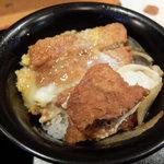 升亭 - 煮かつ丼
