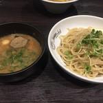 中華蕎麦 瑞山 - 料理写真:つけ麺750円中盛