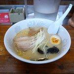 ラーメン笑福 - 塩らーめん(650円)