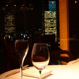 世界各国からのワインや厳選した日本酒など~お好みの一杯を~
