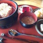 玄米食堂 楽土館 - 楽土定食(玄米)880円@2011.11.3 大根とカキのおひたしでした