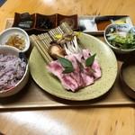 貝と魚と日本酒 貝男  - 国産牛の陶板焼き御膳