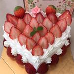 ローザンヌ - ハートケーキ