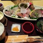 きらら - 料理写真:さしみ定食(1500円)