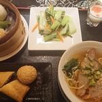 Honkonrou - 熱々ならおいしいかも。って温度でした。