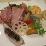 アルポンテ・ドゥエ - 料理写真:前菜盛り合わせ