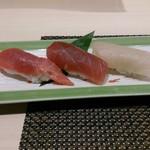 江戸前 びっくり寿司 - 食べ比べ三種
