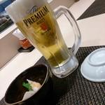 江戸前 びっくり寿司 - 生ビールとお通し