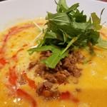 鶏白湯SOBAとよだれ鶏の店 虎舎 - 濃厚なスープが美味しい