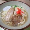 ANAフェスタ - 料理写真:沖縄そば(700円)