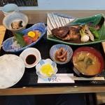 102103859 - 「めばるの煮付膳 (1500円)」