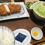 和幸 - 料理写真:和豚もちぶたロースかつ御飯1950円