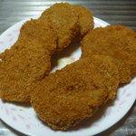 栄 - 料理写真:コロッケ 1個60円