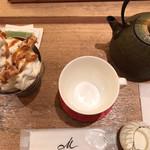 マールブランシュ カフェ - ケーキソフトセット(紅茶入れる前)