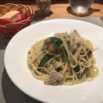 102112047 - 鶏ミンチとアスパラ菜とさつまいものオイルソース                       粒マスタード風味。全くオイリー感なし!