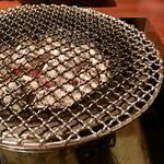 炭火焼肉やすみつ -