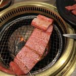 炭火焼肉 寿門 -