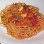 102117833 - 活カレイとアサリのトマトソーススパゲティー