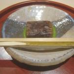 102118022 - 甘味(粒餡葛餅)