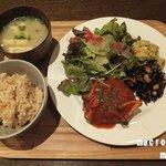 トライシクルカフェ - 豆腐ハンバーグランチ