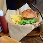 コパン・コピーヌ - 国産牛のハンバーガー