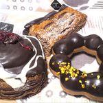 ミスタードーナツ - チョコレートの艶が美しい。