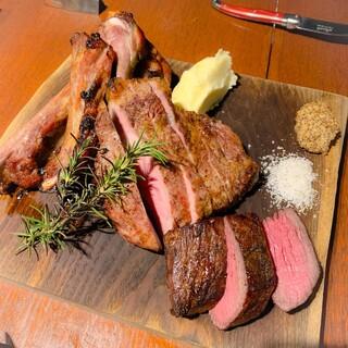 TOKYO KITCHEN - お肉スペシャル盛り(宗谷牛、肩ロース、スペアリブ)