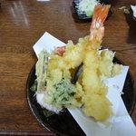 そば処おにひら - えびと季節の野菜の天ぷら盛り盛合せ