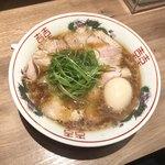 102130096 - 煮卵 醤油ラーメン