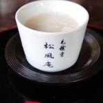 松風庵 - ドリンク写真:甘酒で温まる