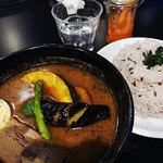 香屋 - 料理写真:やわらか豚角煮&ベジータ1180円+ガーリックオイル(無料トッピング)