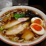 新潟長岡らぁめん 安ざわ食堂 - 料理写真:生姜醤油らーめん 味玉入り